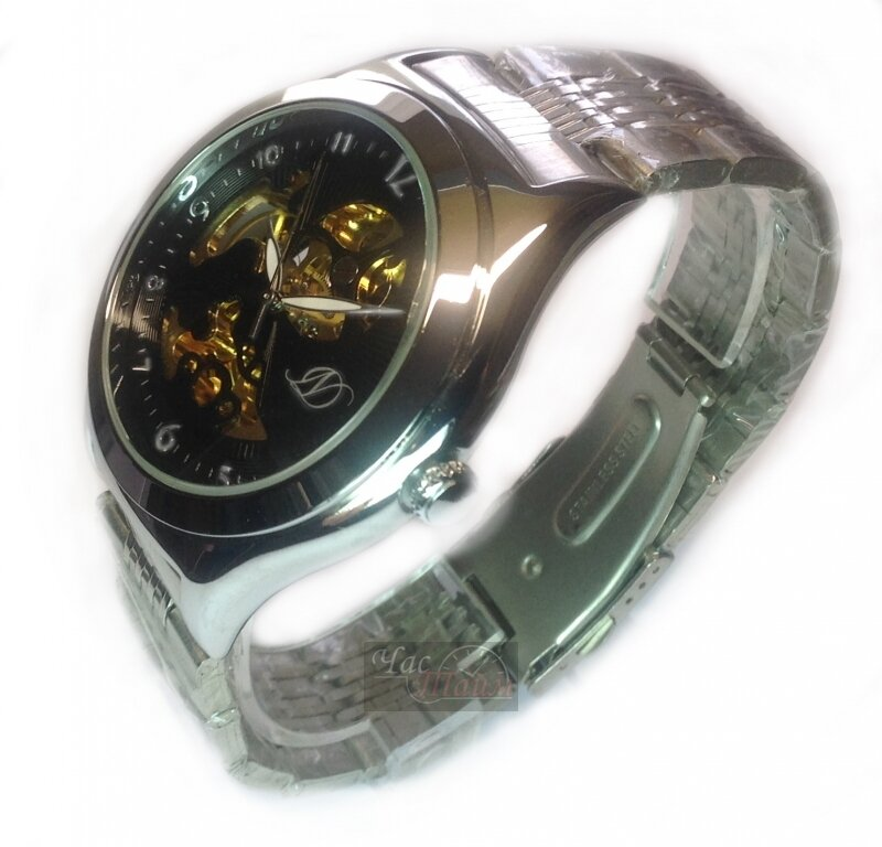 Купить наручные мужские часы квадратной формы