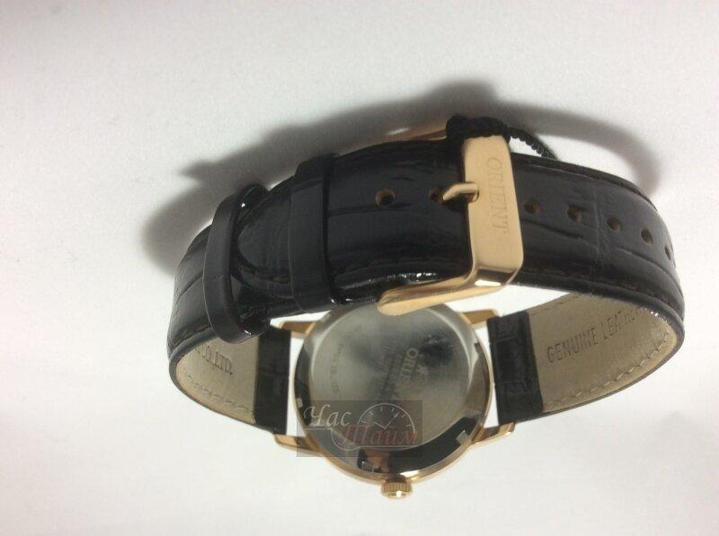 Стильные женские наручные часы в 4-х